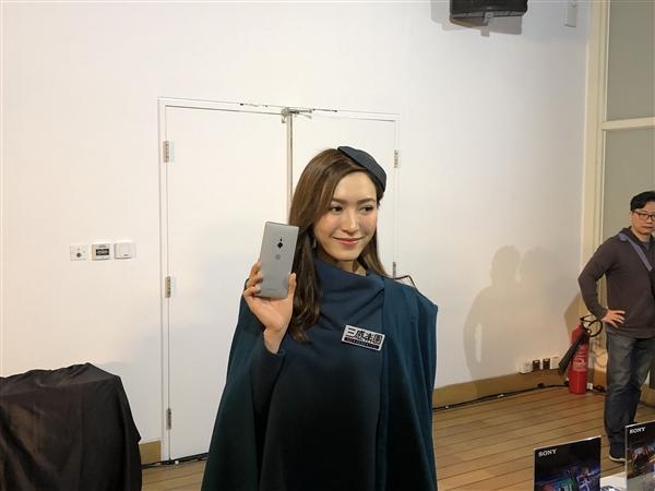 6G内存加持!索尼Xperia XZ2港版发布:5000元