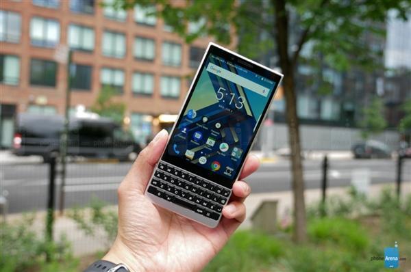 黑莓KEY2即将发售:3999元起