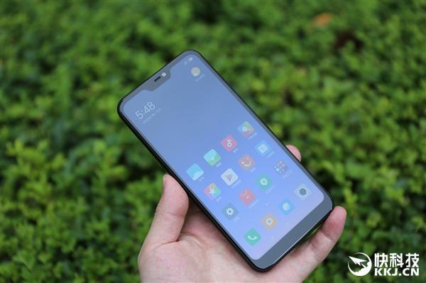999元起!红米6 Pro开箱图赏:首款刘海版红米手机