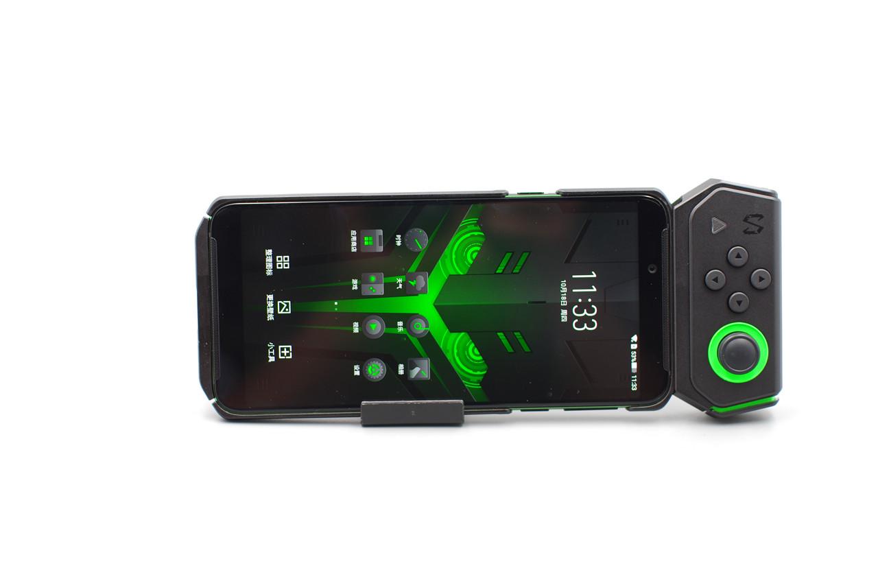 跑分小王子又升级 黑鲨游戏手机Helo评测