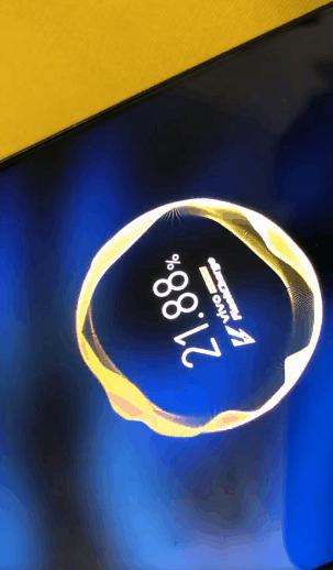 44W快充有多快 iQOO新机充电现场曝光