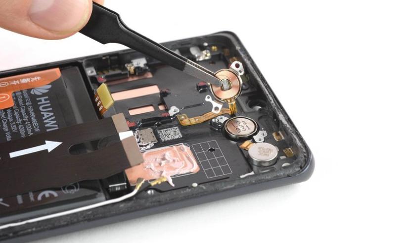 华为P30 Pro拆解:布局紧凑 不易维修