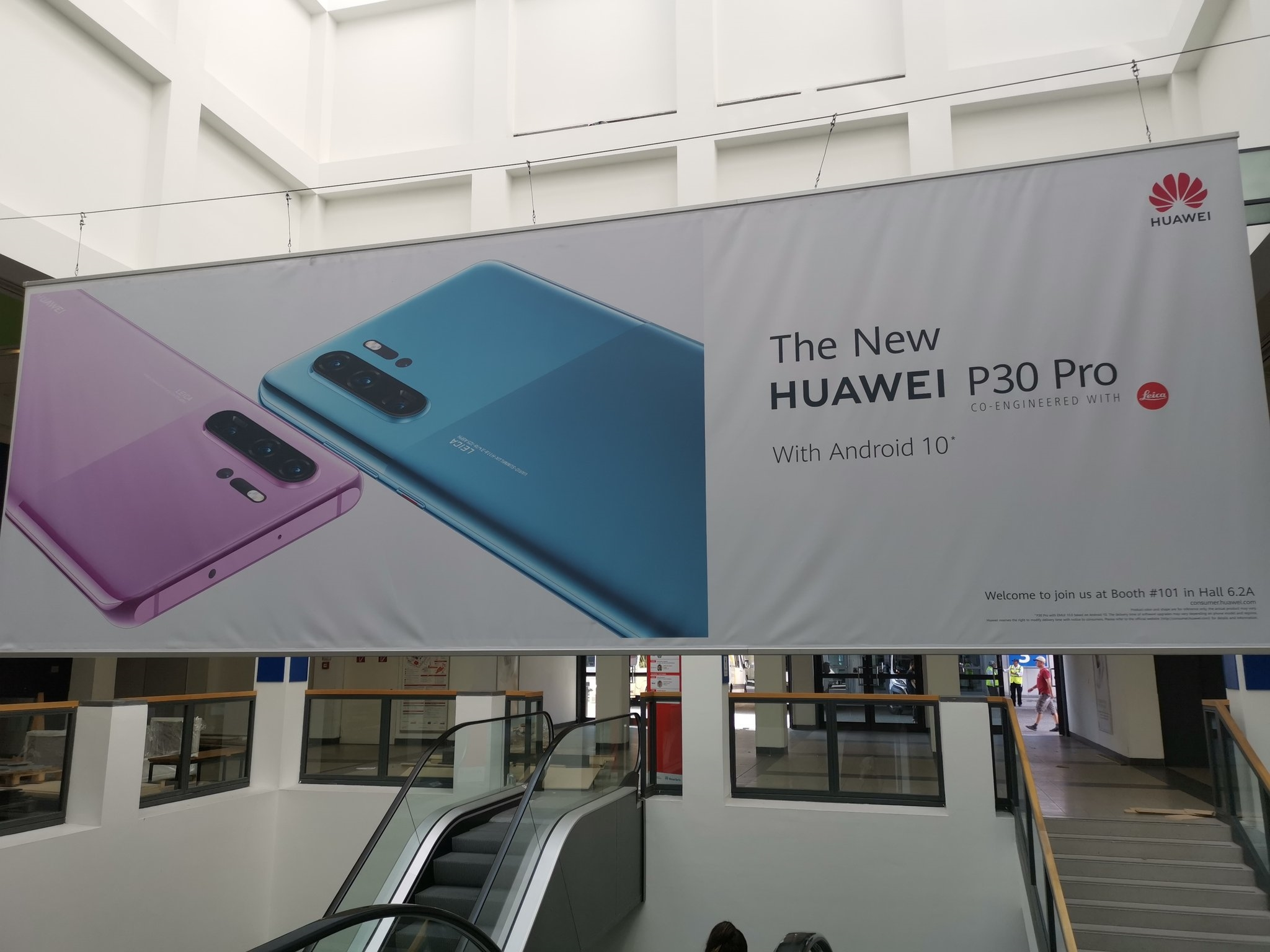 全新华为P30 Pro曝光:预装Android 10 颜值吸睛
