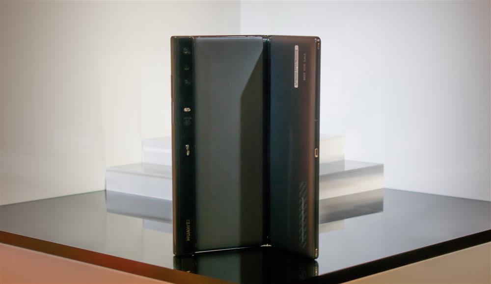 华为首款折叠屏旗舰敲定:麒麟990、本月发布