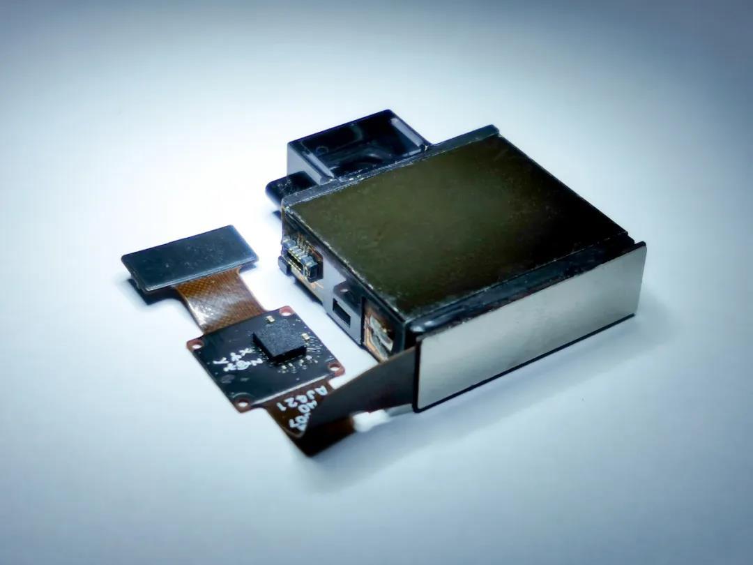 最薄潜望式连续变焦模组研发成功:厚度仅5.9毫米