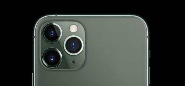 2022年 iPhone也要用上潜望式长焦镜头了