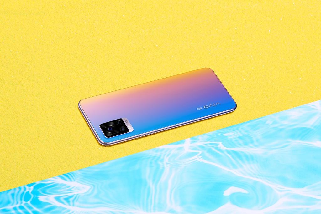 2798元起 vivo S7发布:最轻薄5G手机