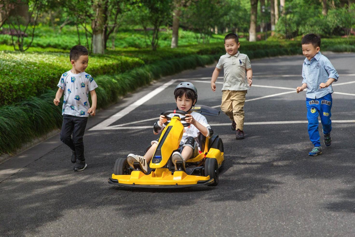 小米发布九号卡丁车Pro兰博基尼定制版 售价9999元