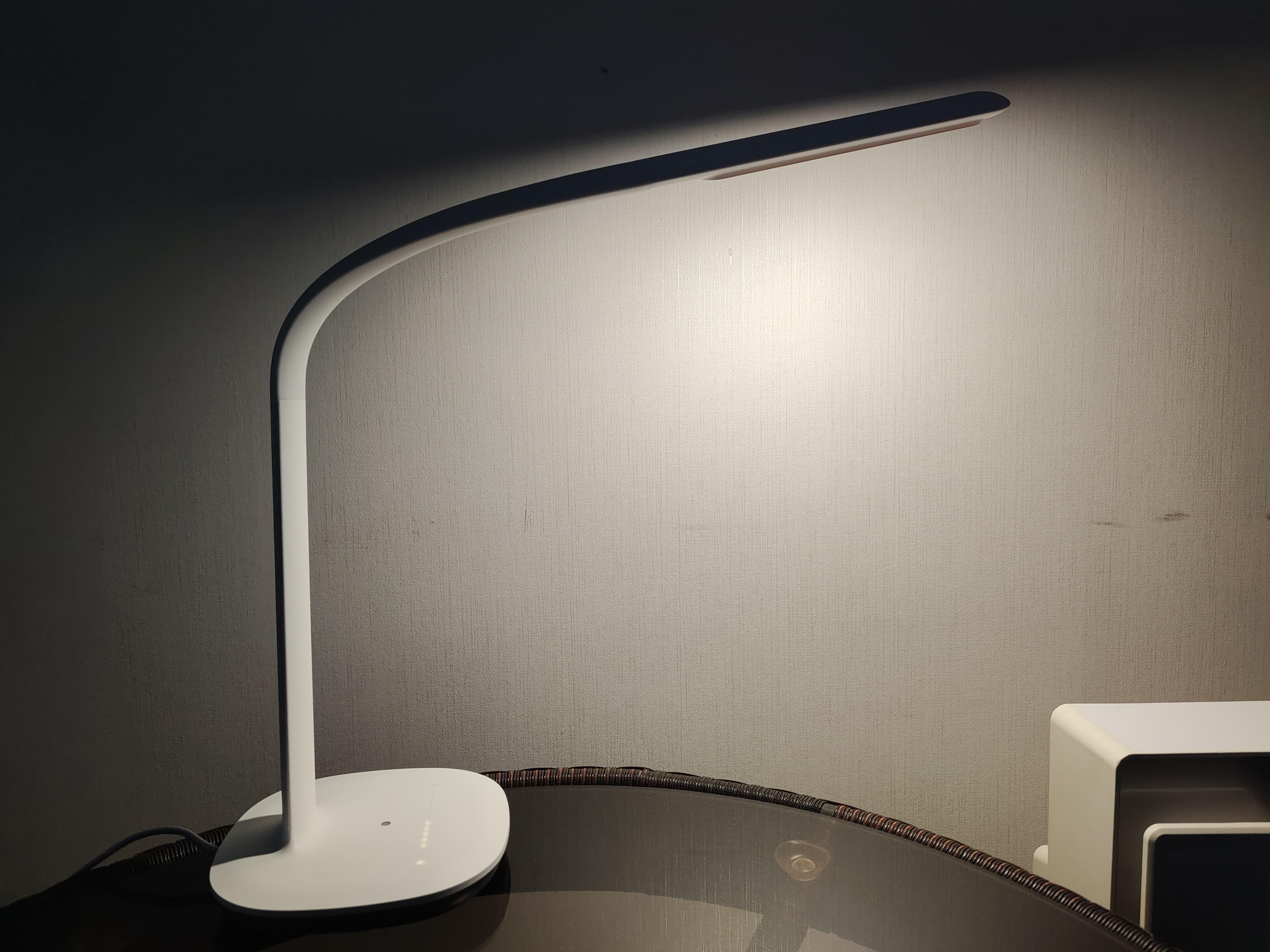 米家飞利浦台灯3开箱上手:护眼无频闪 颜值再提升
