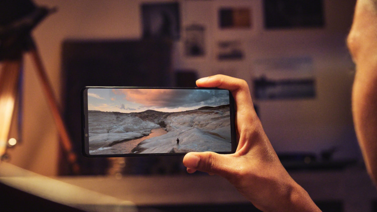首款4K/120Hz屏 索尼骁龙888旗舰发布:价格不便宜