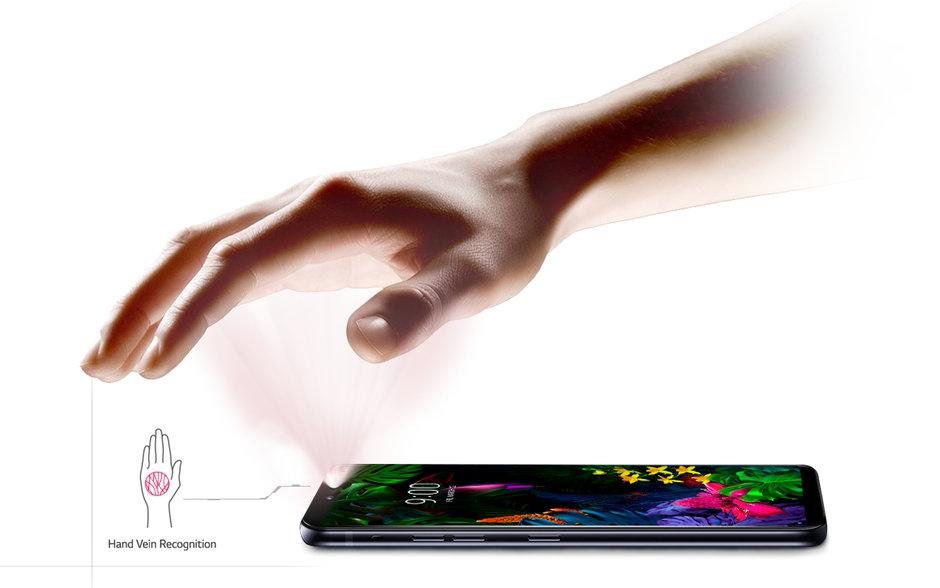 LG G8 ThinQ发布:解锁还能这么玩