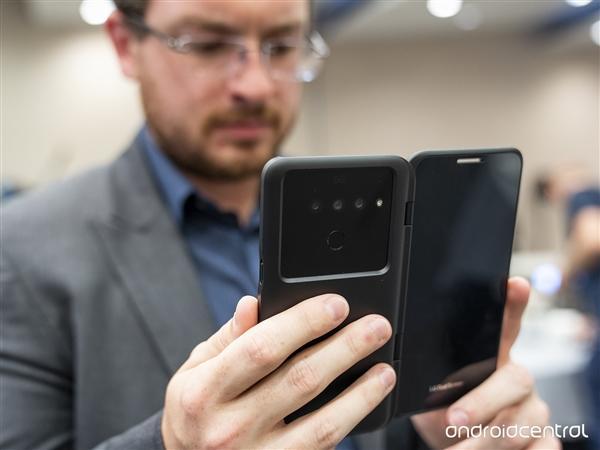 LG首款5G手机现身 自带折叠屏玩法