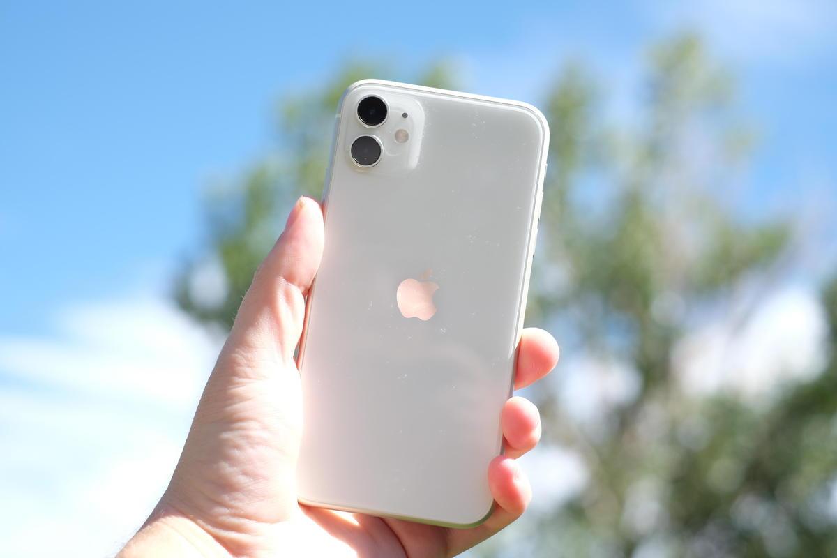 2020上半年畅销手机排名出炉:卖最多的还是它