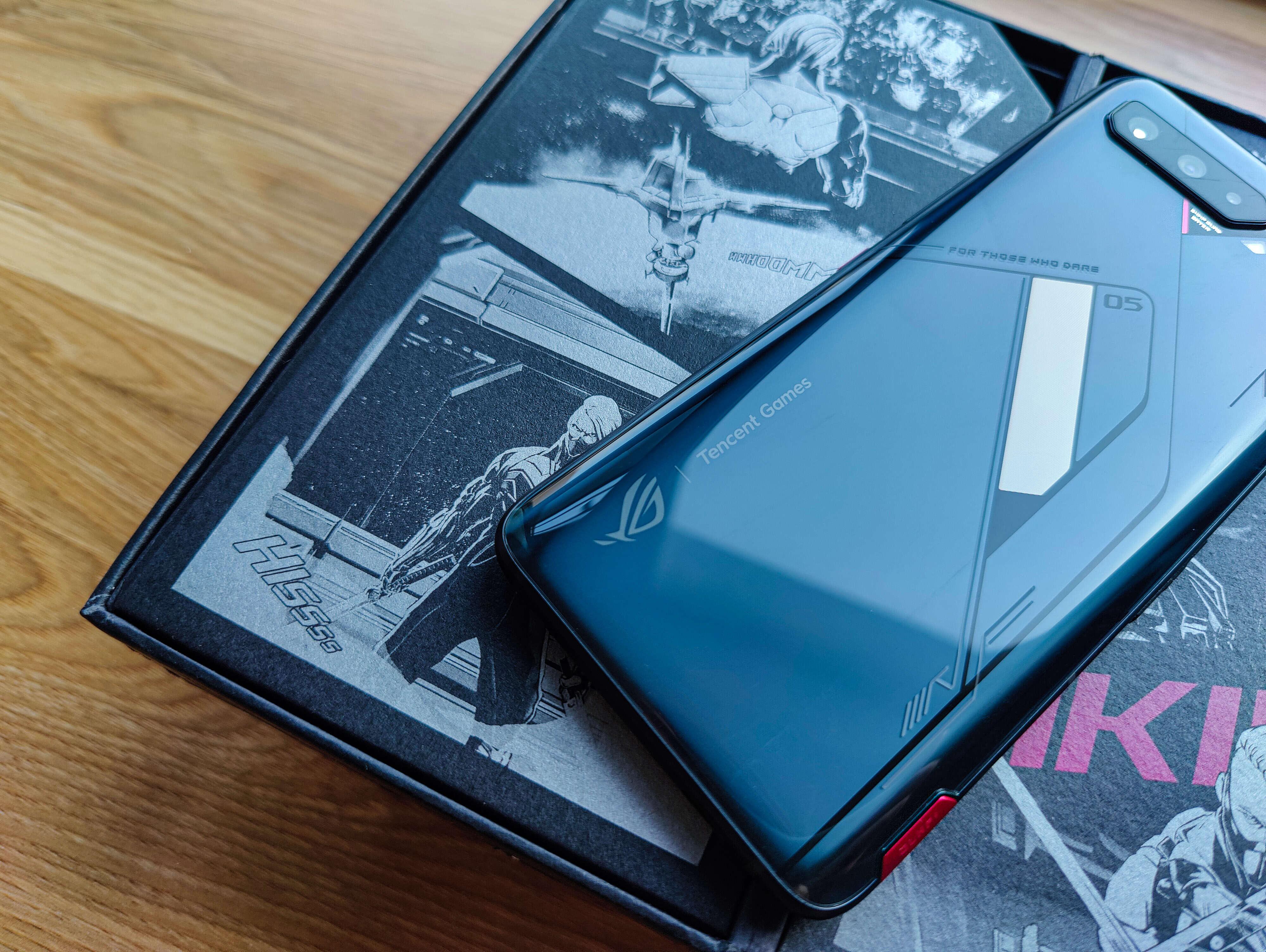 腾讯ROG游戏手机5s Pro评测:骁龙888 Plus性能拉满